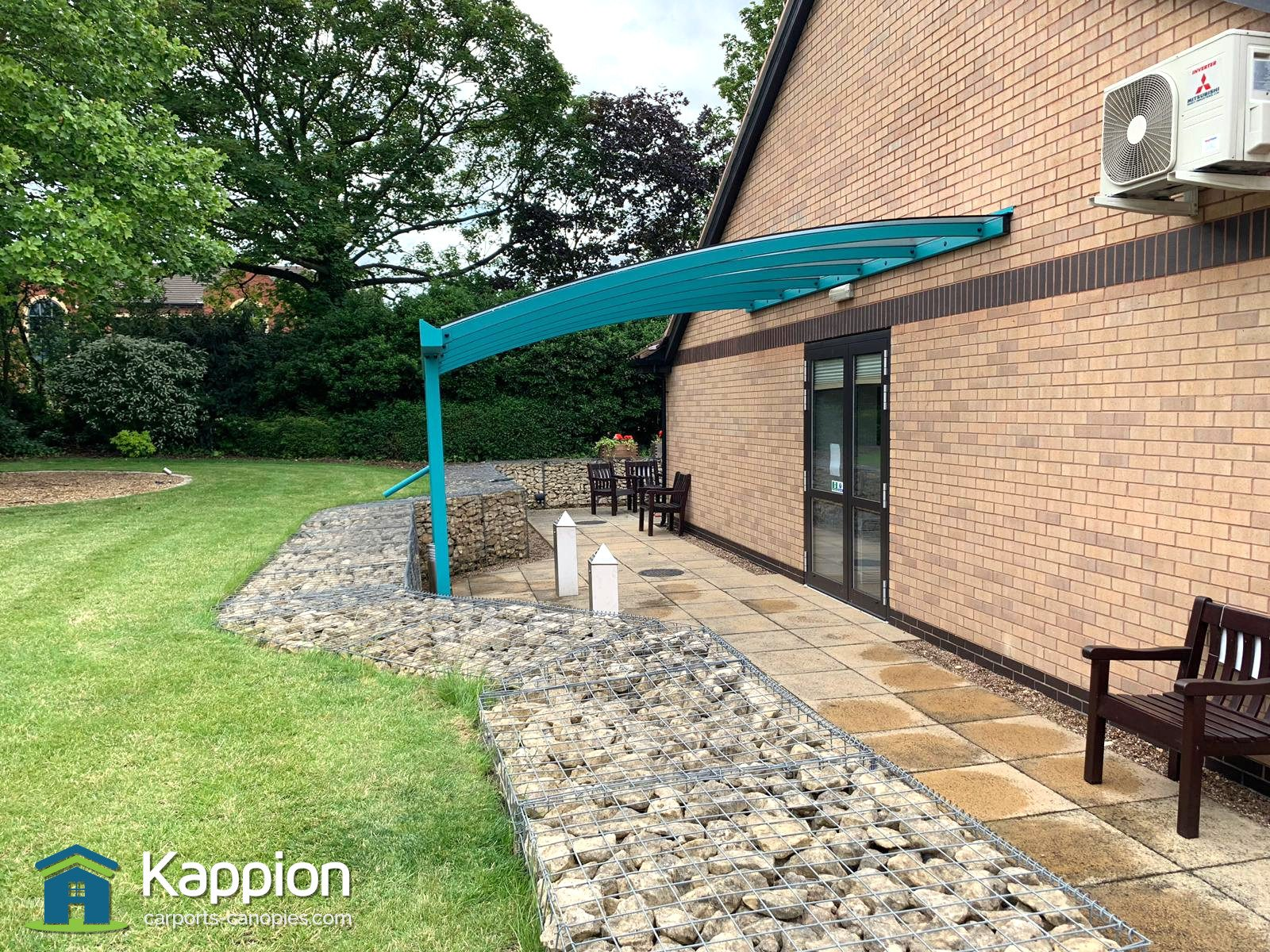 NHS-St-Johns-Hospice-Doncaster-Patio-Canopy-004